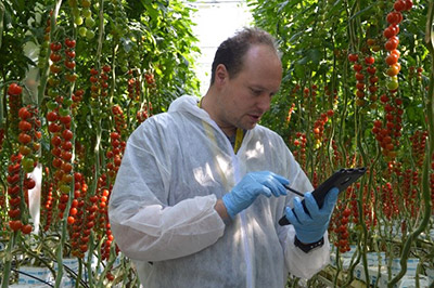 Sam Gui with crop-scanner